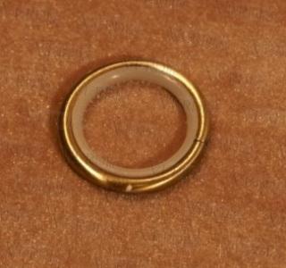 Кольцо с пластиковой вставкой D- 16 мм старое золото